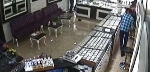 Kuyumcu hırsızları alemde yakalandı