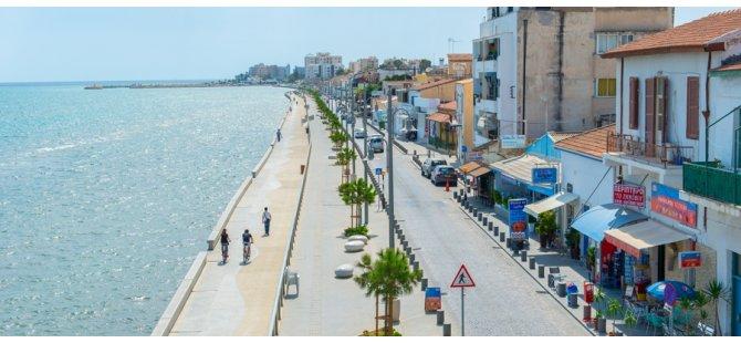 Güney Kıbrıs'ta kısıtlamaların kalkması için 4 aşama