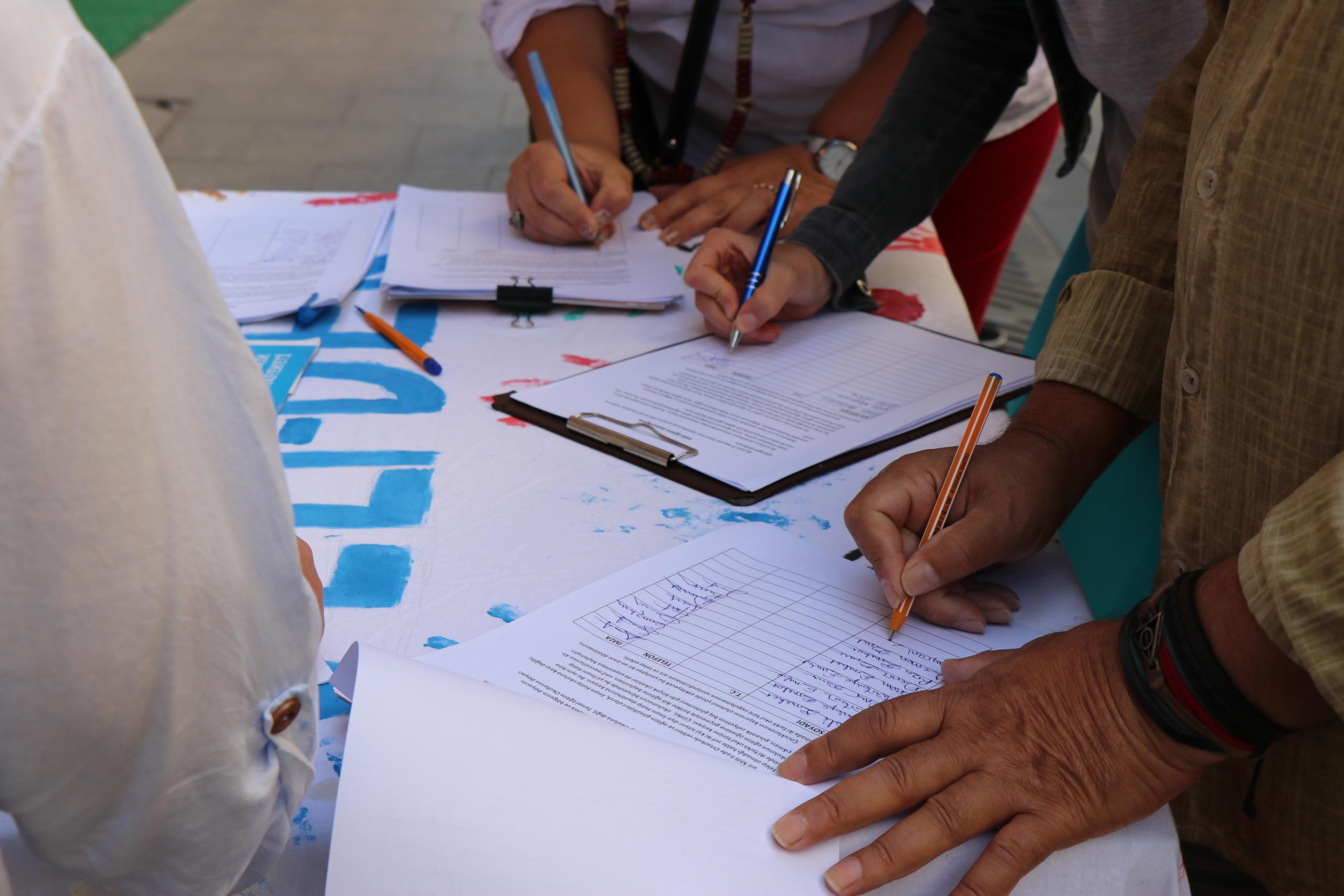 KKTC'de kalan Türkiyeli öğrenciler ülkesine dönmek için imza kampanyası başlattı