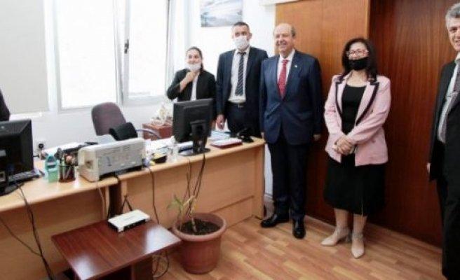 Başbakan Tatar çalışanların bayramını kutladı