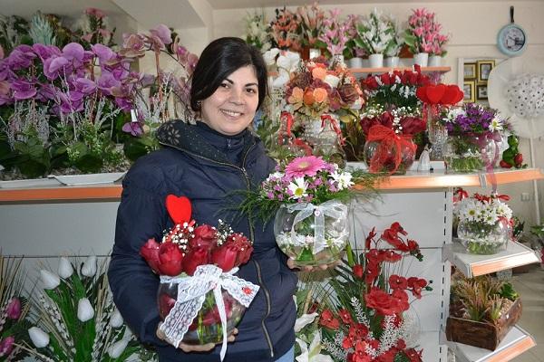 Çiçekçiler Anneler Gününde Adrese Teslim Satış Yapabilecek