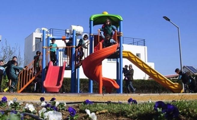 Çocuk parkları yarın açılıyor