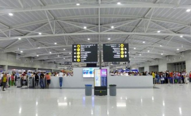 Güney Kıbrıs'ta havalimanlarının 9 haziran'da açılması gündemde