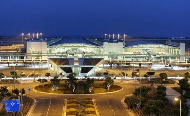 Güney'de önce oteller ardından da havalimanları açılıyor