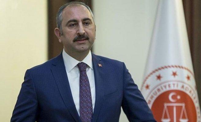 TC Adalet Bakanı: Bayramdan sonra tedbirler yumuşatılacak