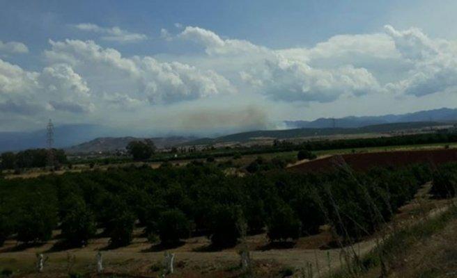 Aplıç Kapısı civarındaki yangın kuzeyde kontrol altında Güney'de müdahale sürüyor