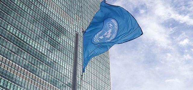"""BM': """"Ya yardım edersiniz ya da uçurumdan düşmesini izlersiniz"""""""