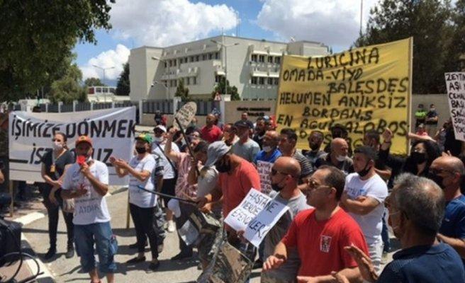 Güney'de çalışanlar Meclis önünde eylem yapıyor