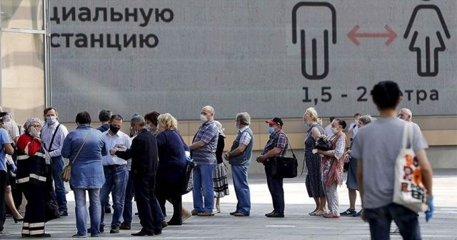 Rusya'da Kovid-19 vaka sayısı 600 bine yaklaştı