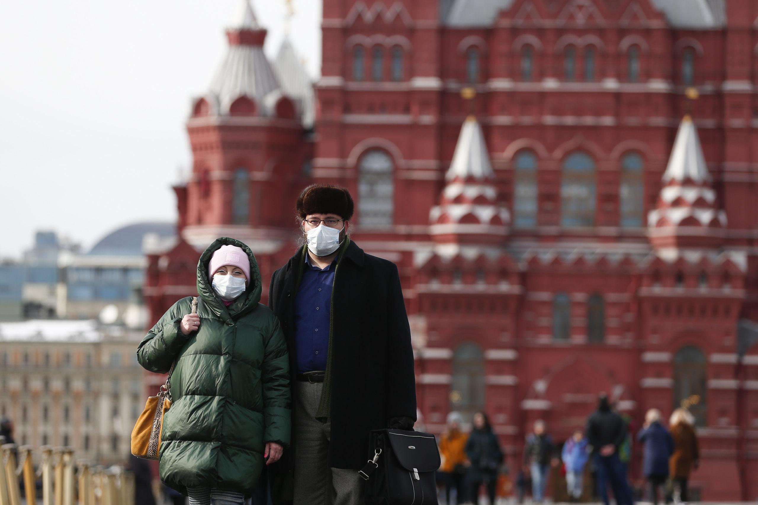 RUSYA'DA COVİD-19 VAKA SAYISI 1 MİLYON 10 BİN!